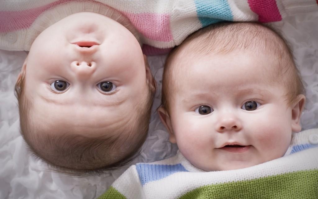 15. Șansele de a avea gemeni crește după vârsta de 30 de ani a femeii.