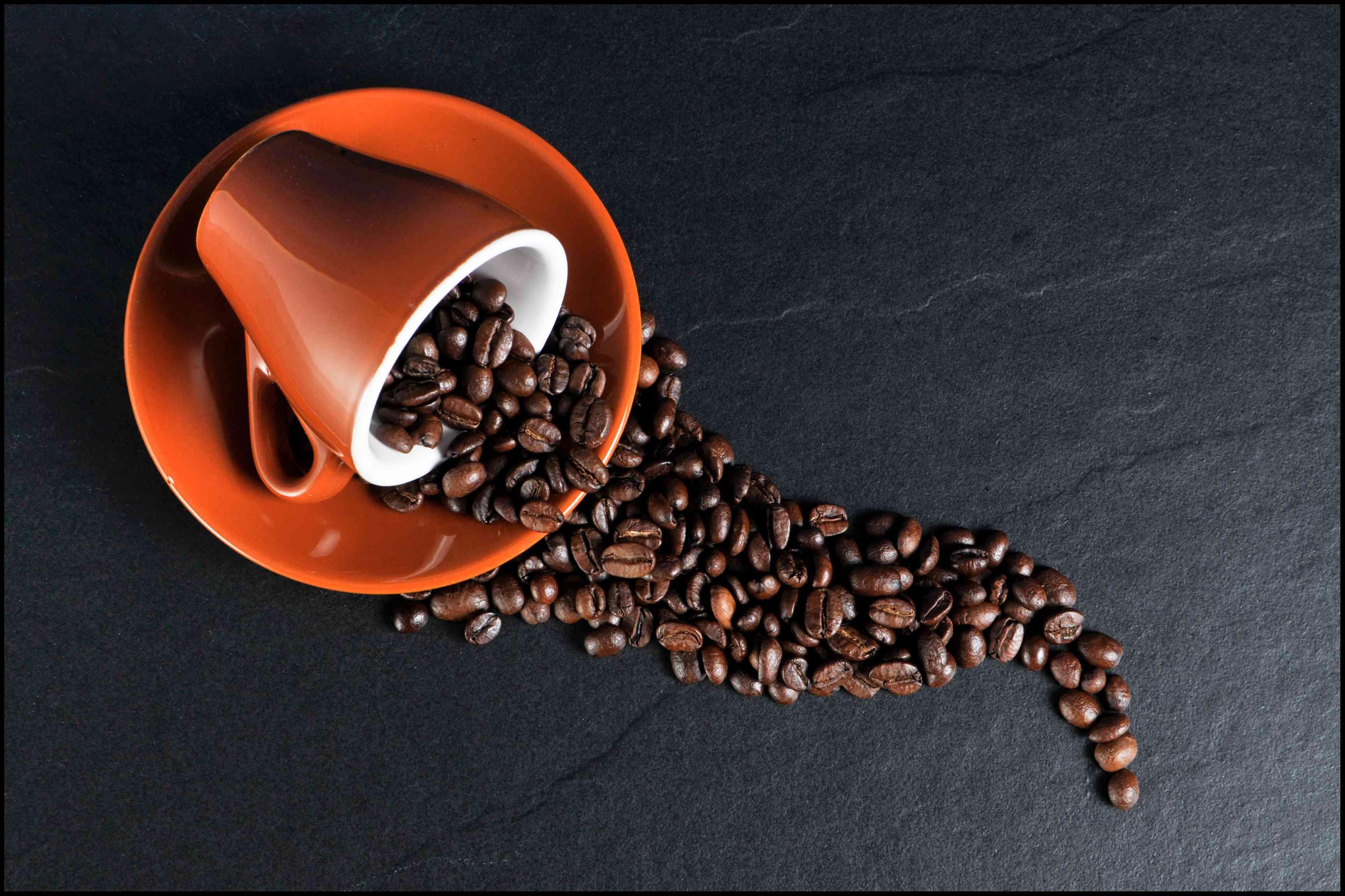 Cafea Boabe Varsate Iluzie Optica - 20 de lucruri despre cafea