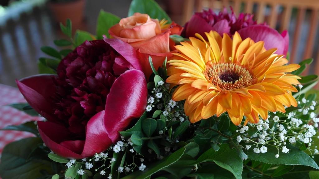 Buchet de flori pentru ea